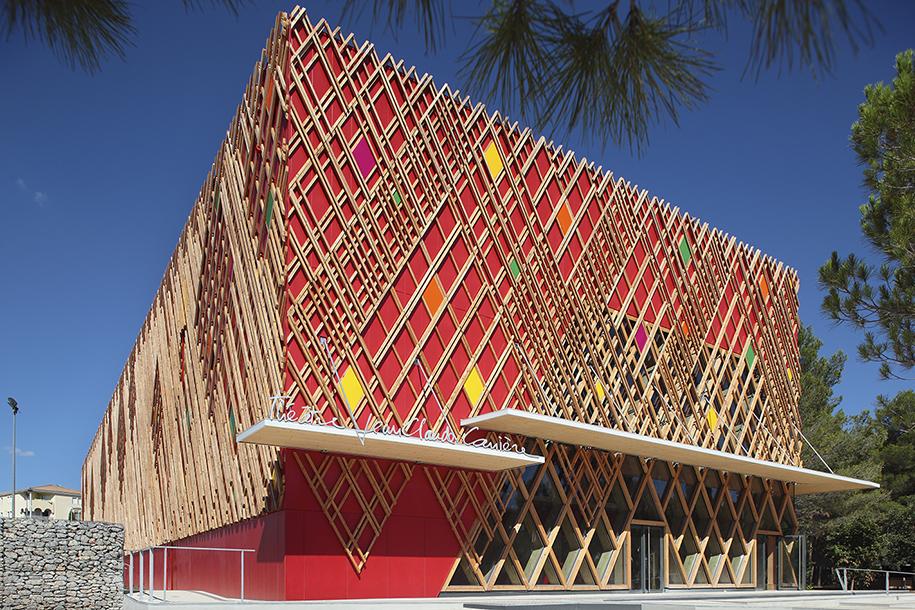 2.theatre jean claude farrere A+ architecture